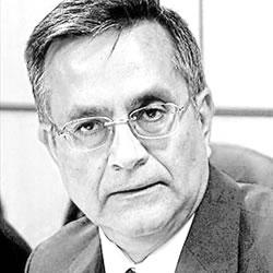 Dr. Diego López Olivares