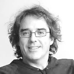 Dr Enrique Navarro